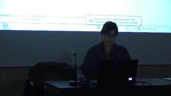 Irene de la Torre Fornés y Ana Torres Barchino. ¿Qué argumentos facilita el lugar para el diseño? Los colores de Valencia como punto de partida para el diseño de productos cerámicos