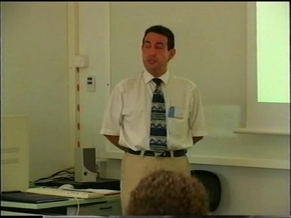 Comunicación 37, Curso autoinstructivo para consultas a través de la red informática del UPV (JIE)
