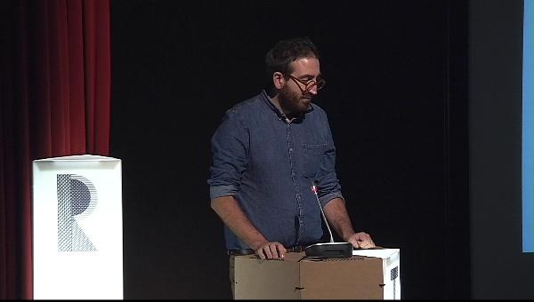 Ilustrafic 2. Conferencia de Olimpia Zagnoli, presentada por Sergio Membrillas.Auditorio Alfons Roig, BBAA, UPV, Valencia.