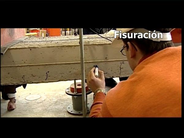 Rotura por cortante de vigas de hormigón armado (QP2)