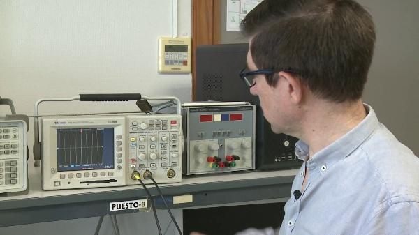 Realización de medidas con los osciloscopios TDS 340 y TDS 3012
