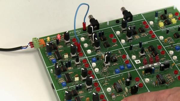 Emisores y receptores. Modulación de amplitud (AM)