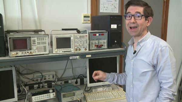 Manejo básico del osciloscopio digital Tektronix TDS 3012