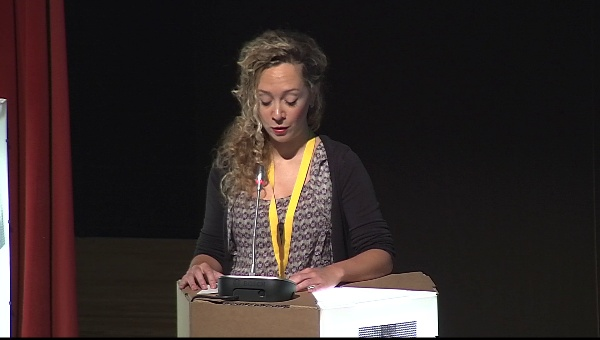 Ilustrafic 2. Conferencia de Sam Arthur (Nobrow), presentada por Xiana Teymoy. Auditorio Alfons Roig, BBAA, UPV, Valencia.