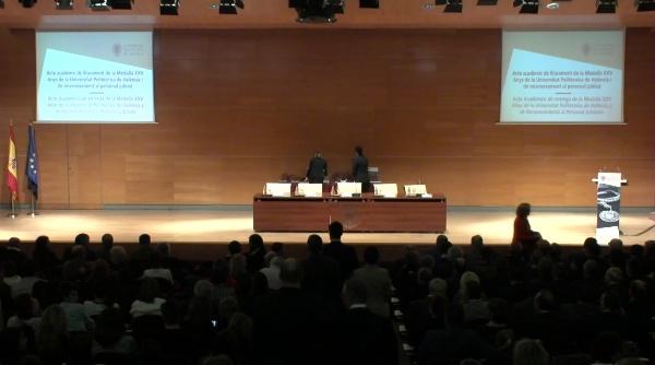 Acto Académico de entrega de la Medalla XXV Años de la UPV y de Reconocimiento al Personal Jubilado