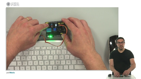 Programming example: Long or short click Interrupt