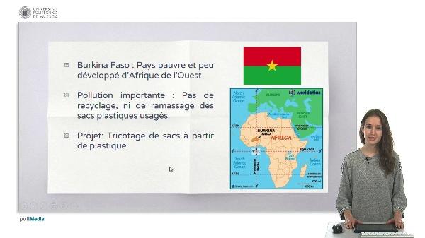 Sacs tricotés avec du plastique (projet Burkina Faso)