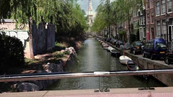 Canal Amsterdam_David Vázquez