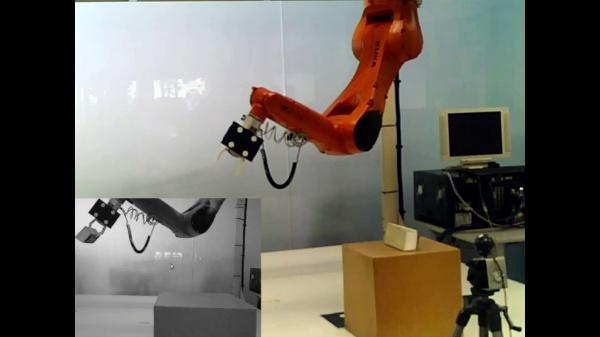 Control por realimentación visual de un brazo robot para tareas de agarre