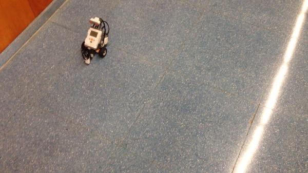 Lego MindStorms Trayectoria Cuadrada