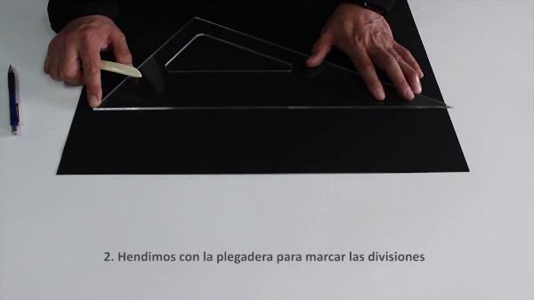 ENCUADERNACIÓN PLIEGO ÚNICO CON CORTES ALTERNOS