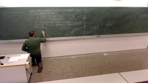 Matemáticas I-33-1-Calcular el volumen máximo de una caja rectangular sin tapa