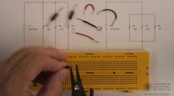 Montaje de circuito resistivo paralelo