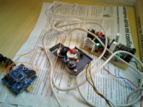 CheapDAQ 8051 y prueba motor pap bipolar