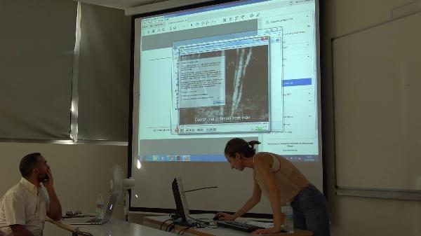 Anna Mitja Comas, videodance studies, UPV 2016. Anna Mitjà Comas (Un. Oberta de Catalunya, ES): La continuïtat del moviment i el primer pla en danses per la càmera.