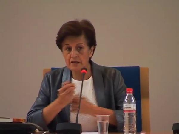 Adela Cortina - La pobreza como falta de libertad (parte 1 de 4)