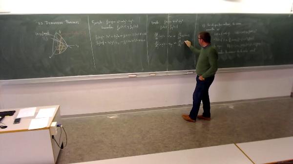 Matemáticas I-28-13-Ejemplo 2 derivadas parciales