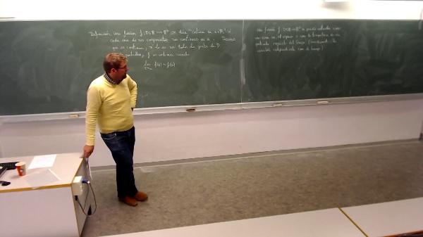 Matemáticas I-25-7-Funciones en R3
