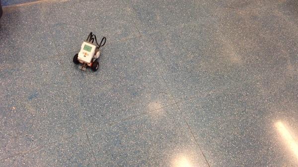 Lego MindStorms Trayectoria Circular Buena