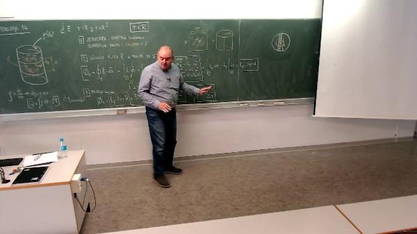 Física 1. Lección 4. Problema 14 con carga interior
