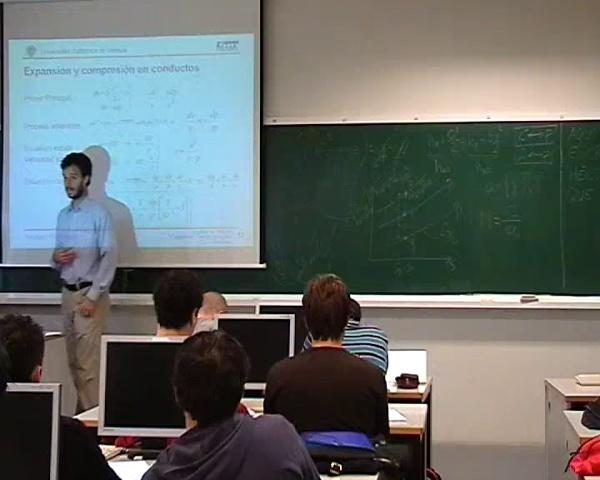 16b-Prac.Toberas- Relación variación de presión con la variación de área (2/3)