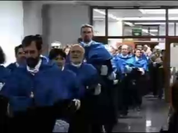 Solemne acto de Investidura como Doctor Honoris Causa del Sr. Enrique Iglesia