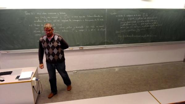 Matemáticas I-22-3-Ejemplo Estudiar la convergencia de la siguiente serie