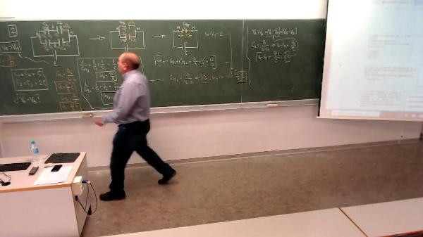 Física 1. Lección 7. Problema Condensadores 2-3