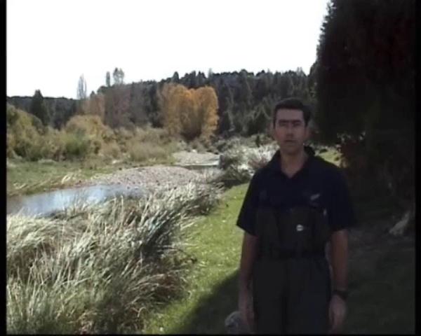Medición de la seccion transversal y del caudal en rios vadeables