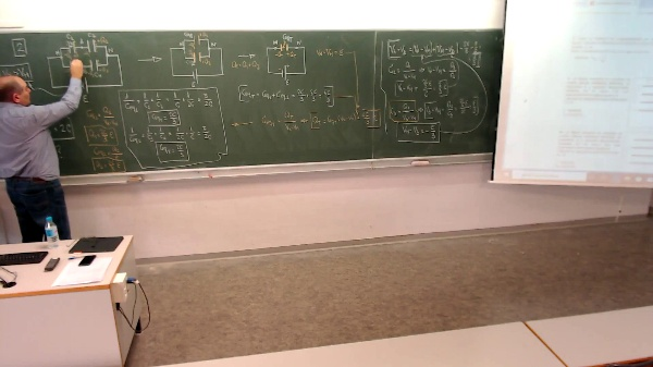 Física 1. Lección 7. Problema Condensadores 2-4 dudas