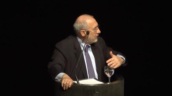 Conferencia de Joseph Stiglitz