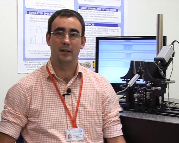 Desarrollan una técnica pionera que permite optimizar el diseño de chips ópticos